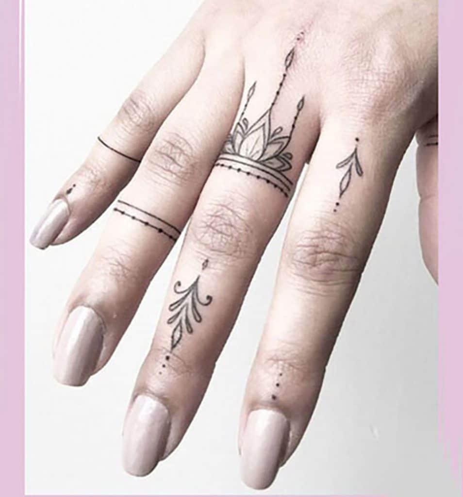 طرح تتو برای انگشتان دست